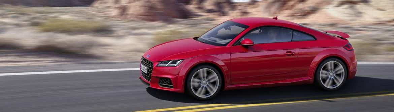 Audi TT rouge