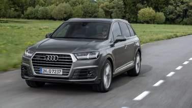 Audi Q7 sur la route