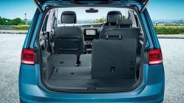 Volume du coffre du VW Touran
